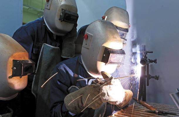 tuyen-sinh-du-hoc-nghe-han-quoc-duhochanquochalo-education